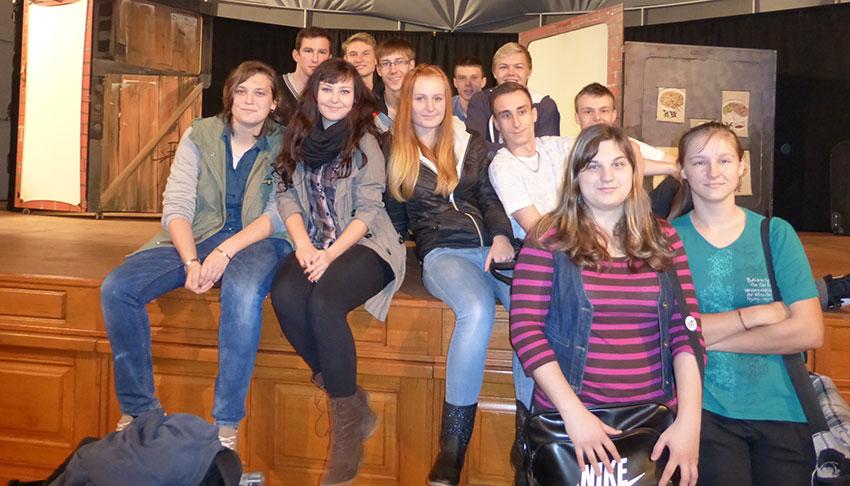 Studenti ve Slováckém divadle